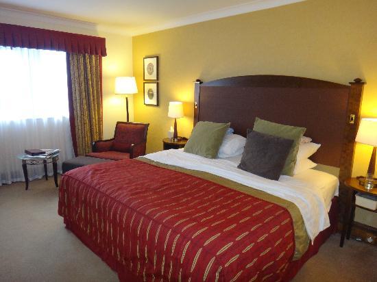 Stoke Holy Cross, UK: our room