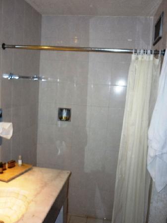 Hotel Real de Minas: Bathroom 2