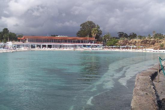 Annapurna Hotel Tenerife: massive pool area, good restuarant view