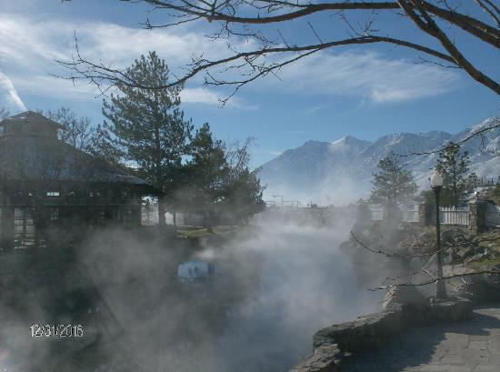 Γένοβα, Νεβάδα: Great Views from the  1862 David Walley's Hot Springs Resort