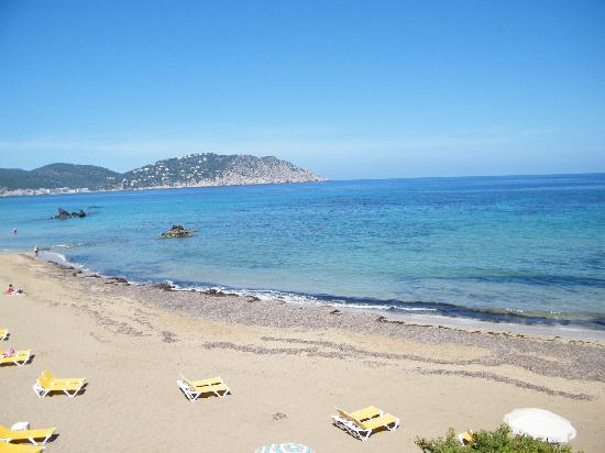 Invisa Hotel Club Cala Blanca: La mer vue terrasse picine