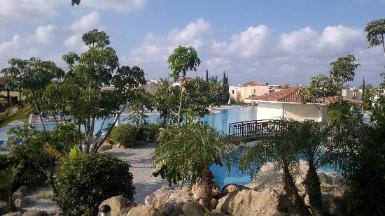 Avanti Holiday Village: pool area