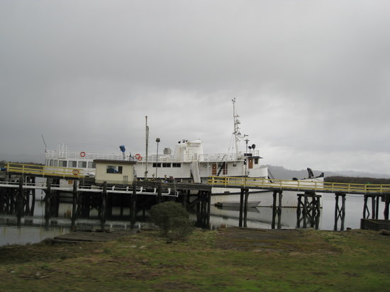 Coos Bay Boardwalk - old yacht located next to the boardwalk displays