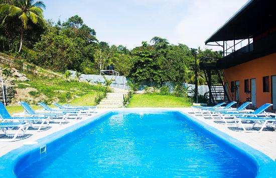 El Faro Beach Hostel: Pool