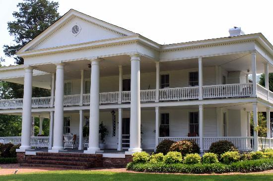 Winston Place: An Antebellum Mansion: Just beautiful