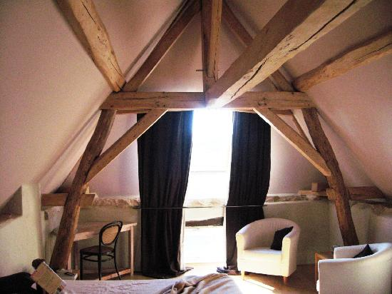 Le Crot Foulot : Upstairs bedroom