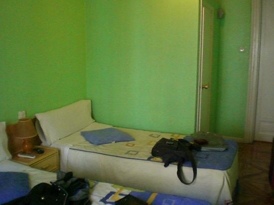 Hostal Alcazar Regis: Habitación