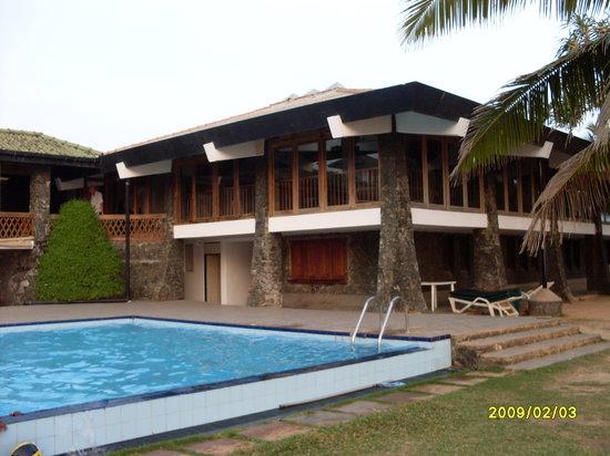 Koggala Beach Hotel: Poolarea