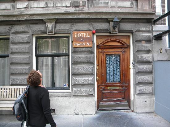 De Leydsche Hof: Front of hotel
