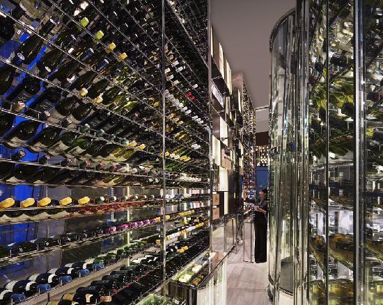 Shangri-La China World Summit Wing, Beijing : Wine Cellar