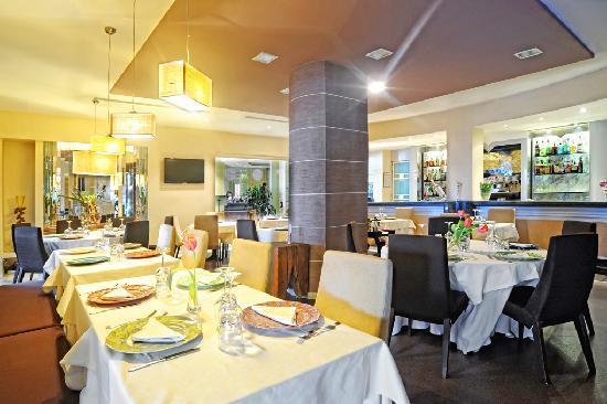 Hotel Villa Rosa Riviera: Ristorante Amau