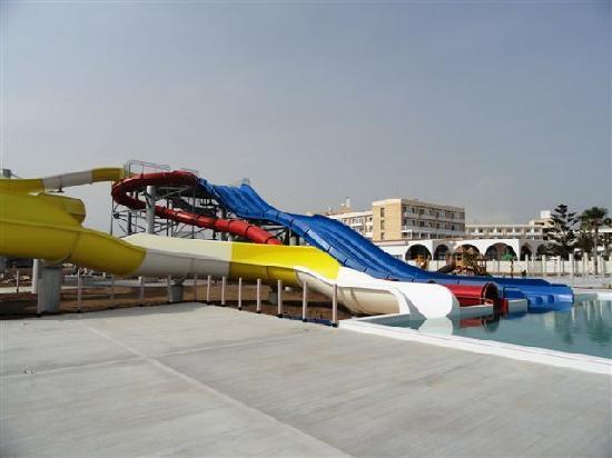Louis Phaethon Beach: New Water slides - Opening 20/05/2011