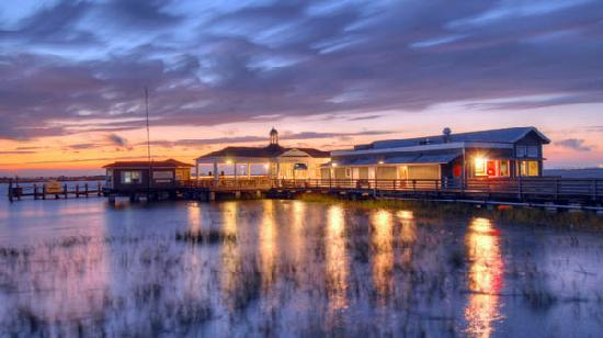 Laude 31º Has Been Offering Some Of The Freshest Seafood In Jekyll Island For Over 20 Years This Is A Por Spot Live Music On