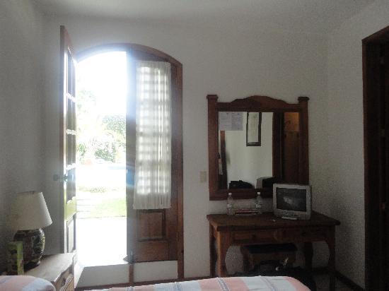Casa de la Tia Tere: La chambre avec les pieds dans la piscine