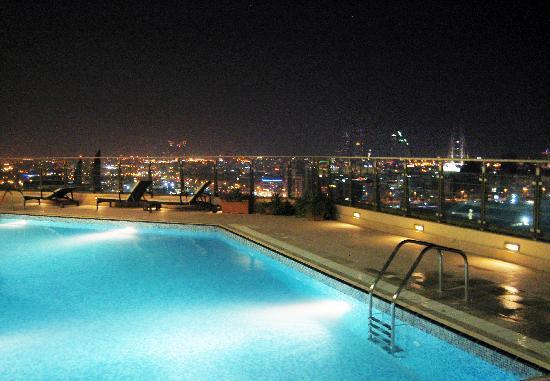 Swimming Pool Picture Of Marriott Executive Apartments Manama