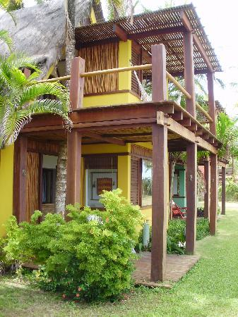 Pousada Pitinga: VISTA LATERAL BUNGALOWS PLAYA