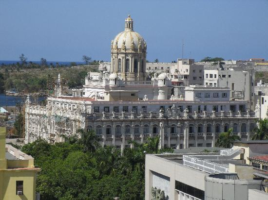 Iberostar Parque Central: view from 9th floor room, new building