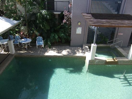 Getaway On Grafton: swimming pool