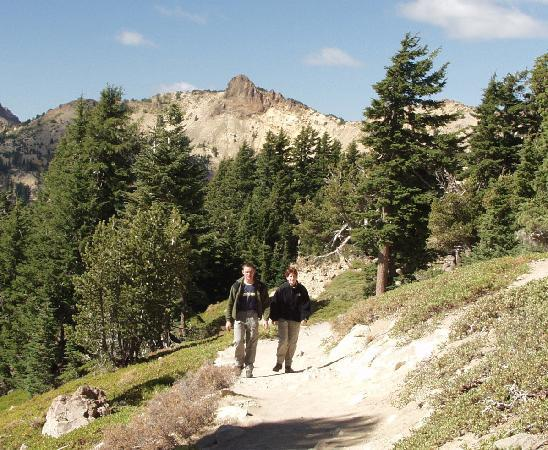 Redding, Kalifornien: Enjoying a Stroll in Lassen Volcanic National Park