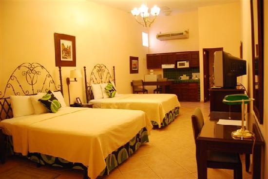 Hotel El Almendro Managua: studios