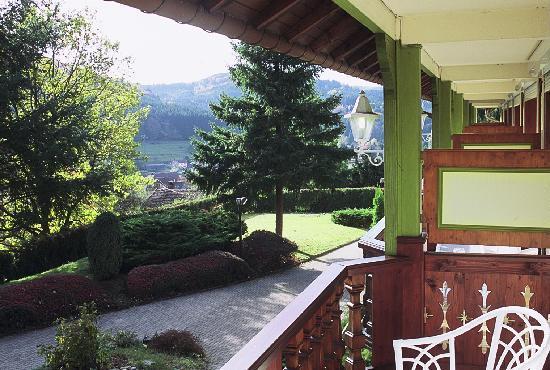 """Hostellerie La Cheneaudiere - Relais & Chateaux: Vue des chambres """"Les Terrasses"""""""