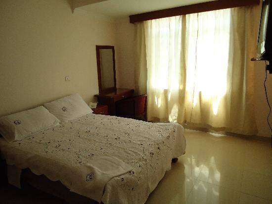 فندق راينبو: room