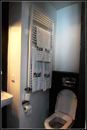 Stadsvilla Hotel Mozaic Den Haag: Bathroom