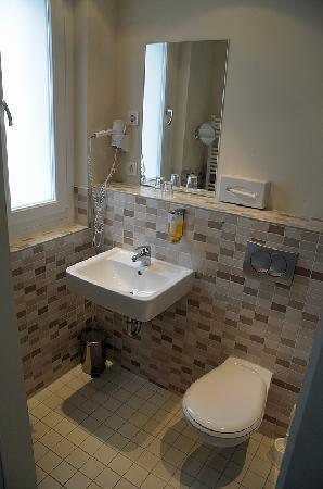 Best Western Hotel Am Spittelmarkt: Bathroom