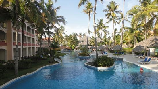 Hotel Majesctic Colonial Punta Cana: Pool