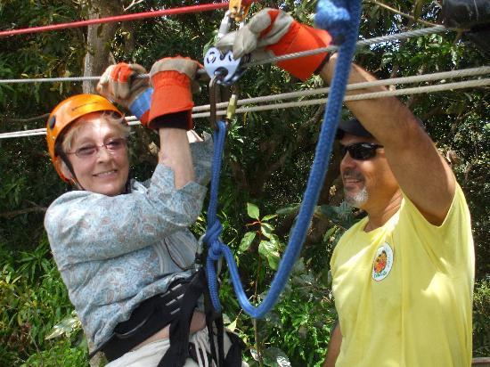 Rain Forest Zipline Corp.: abuela