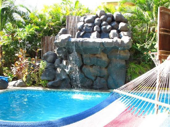 Casa Bambora: close up waterfall