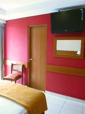 Centroamericano Hotel: habitación sencilla con terraza