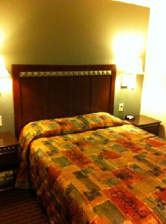 Sand Castle Inn: Queen Size Bedroom