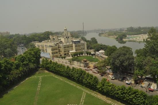 Clarks Avadh: The view from my room