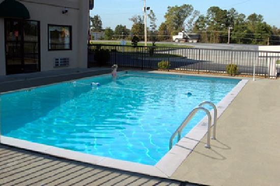 BEST WESTERN Paducah Inn: Swimming Pool
