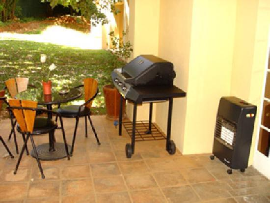 Sandton Bed and Breakfast: Our braai facilities