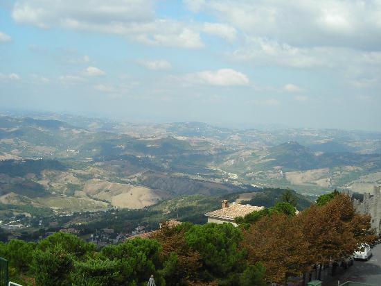 Saint-Marin : panorama
