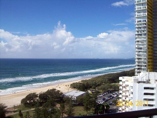 ULTIQA Beach Haven on Broadbeach: View from balcony