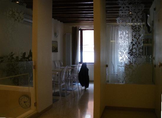 هوتل أدرياتيكو: Breakfast room