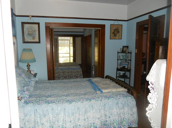 Landry House Bed & Breakfast