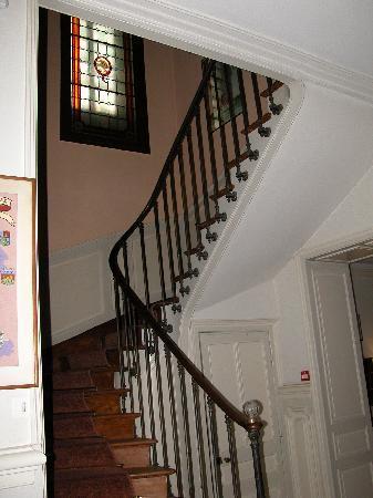 Hotel Trianon et de la Plage: Le belle escalier