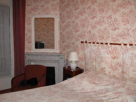 Hotel Trianon et de la Plage: La petite mais belle chambre nr. 2