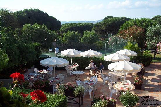 Domaine du Calidianus : Terrasse Petit Déjeuner