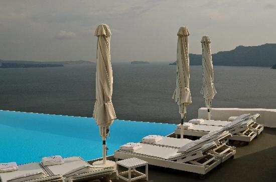 Katikies Hotel: main pool