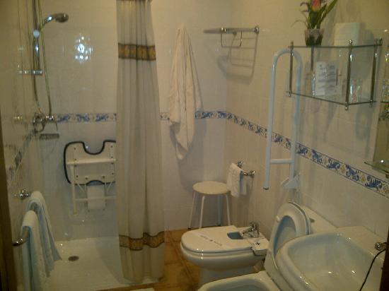 Set de ba o en goma eva - Fotos de cuartos de bano pequenos ...