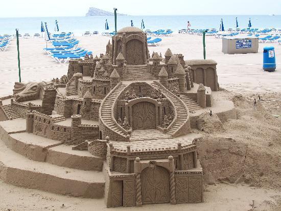 Buenavista: beach sculpture