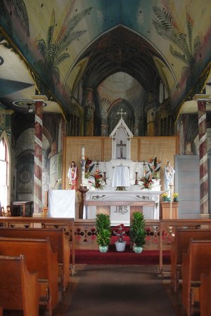 The Painted Church: Altar