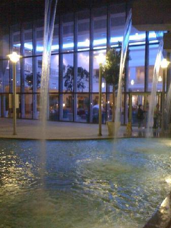 Adana Hilton SA: hall