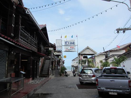 Hua Hin, Thaïlande : Kneipe im Hafenveirten