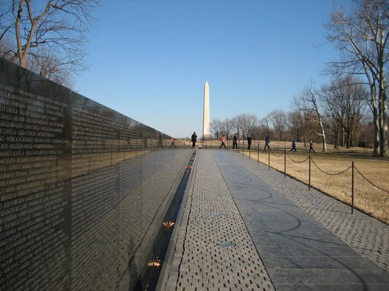 Vietnam Veterans Memorial : Wall 3